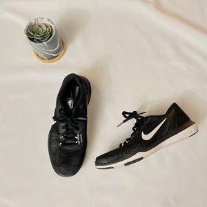 Nike Women flex supreme tr 5 sneakers